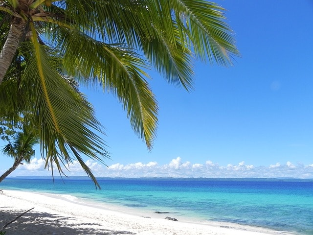 white-sandy-beach Philippines